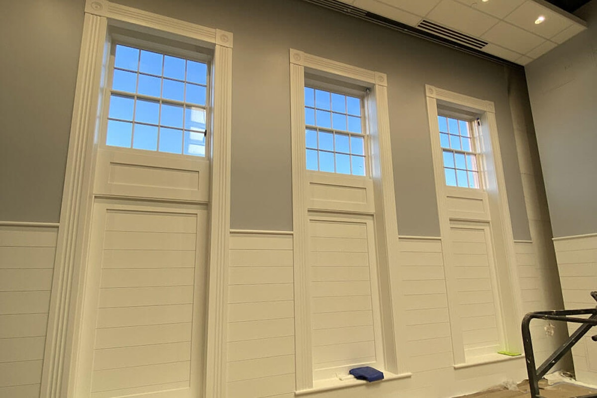 5 Benefits of Hiring a Local Painter for Your Nashua, NH Business