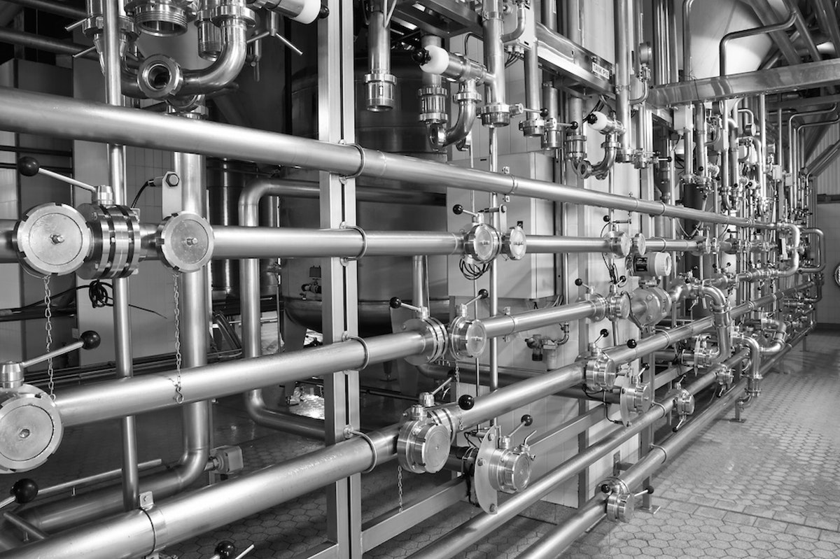 Why Industrial Degreasing Needs to Be Part of Your Facility Maintenance Strategy